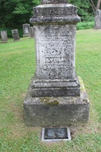Leslie Patterson grave. Photo courtesy of Brenda Corby